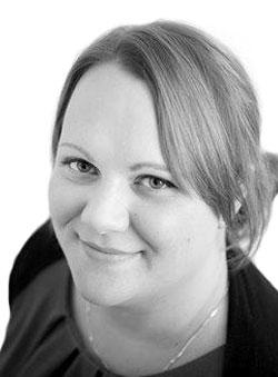 Nicola Carroll headshot